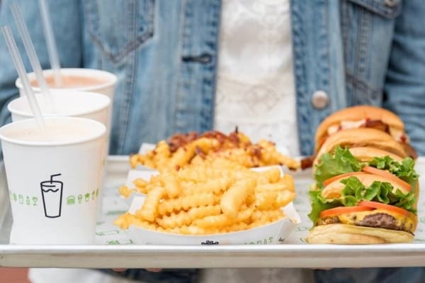 7 reasons to cheer for Birmingham Shake Shack grand opening Wednesday, Aug. 22. First 205 customers get free Big Bob's Cheese Fries!